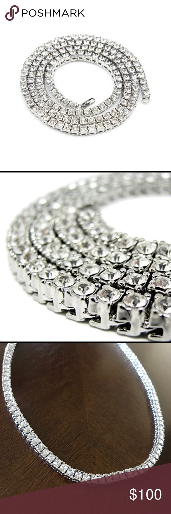 New 34 in faux diamond necklace.!! 🌟🌟🌟🌟24 in of white gold faux diamond necklace. One row of diamonds. Looks nice on men or women. Comes with spare diamonds. I ship same or next day. 🌟🌟🌟🌟 Accessories Jewelry