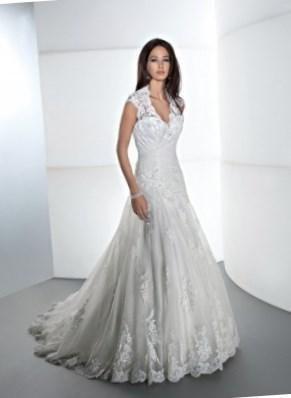 Самые скромные свадебные платья - http://1svadebnoeplate.ru/samye-skromnye-svadebnye-platja-3378/ #свадьба #платье #свадебноеплатье #торжество #невеста