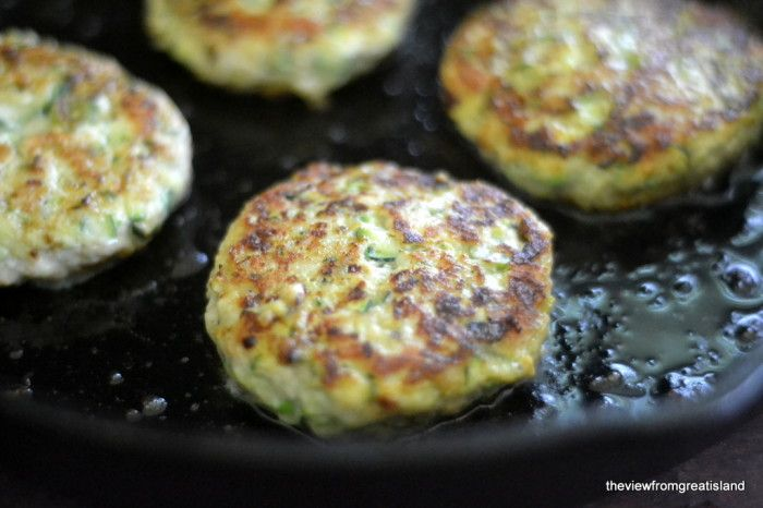 I think this would be compliant without the sauce?? Sounds pretty delish! Turkey & Zucchini Burgers with Green Onion and Cumin 2