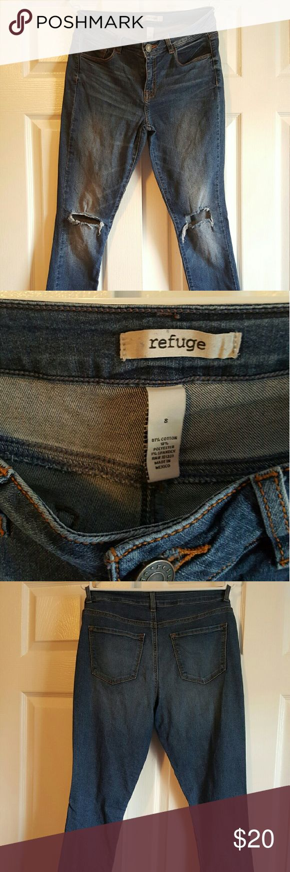 Refuge Women Jean's only worn twice Size 8 Refuge Women Jean's only worn twice Size 8. Ripped Knees the Jean's come that way... Beautiful Stylish pair of every day jeans... refuge Jeans Skinny