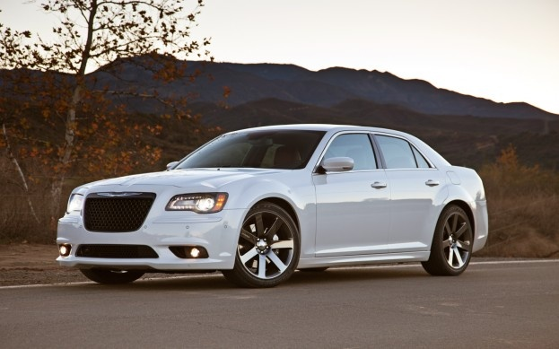 Behind the Wheel: 2013 Chrysler 300 SRT8 - Automotive News