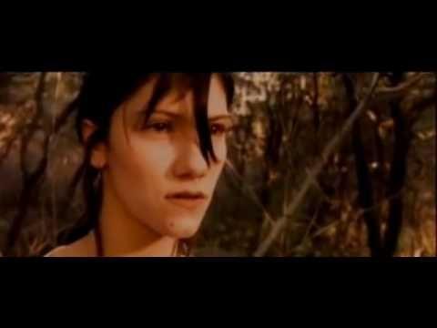 """Elisa - Luce (tramonti a nord est) - YouTube/ """"Su nuovi giorni in una lacrima come un sole e una stella  Siamo luce che cade dagli occhi sui tramonti della mia terra """""""