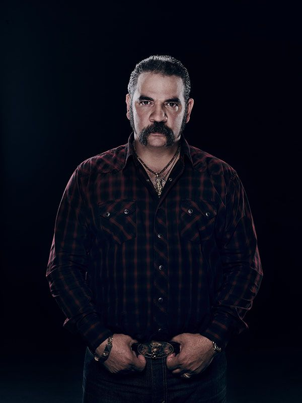 Hemky Madera in Queen of the South Season 2 (2)