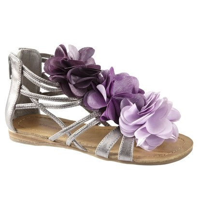These are the most ADORABLE shoes for a little girl! They won't go with Emma's dress, though. But they are just too cute!