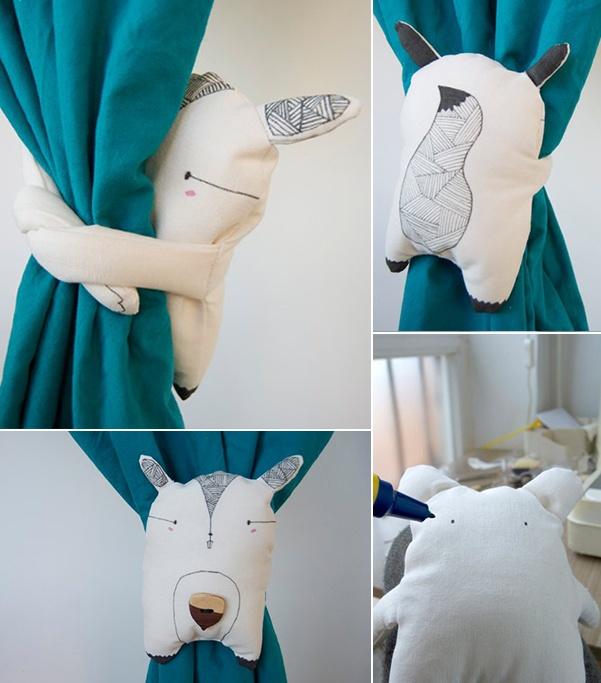 Kokekokkoooooooó se despierta el soooooooooool!!!! ... y que mejor manera de dejarle entrar en la habitación de nuestros pequeños, que recogiendo las cortinas con los originales abrazacortinas de la diseñadora María Diamantes.