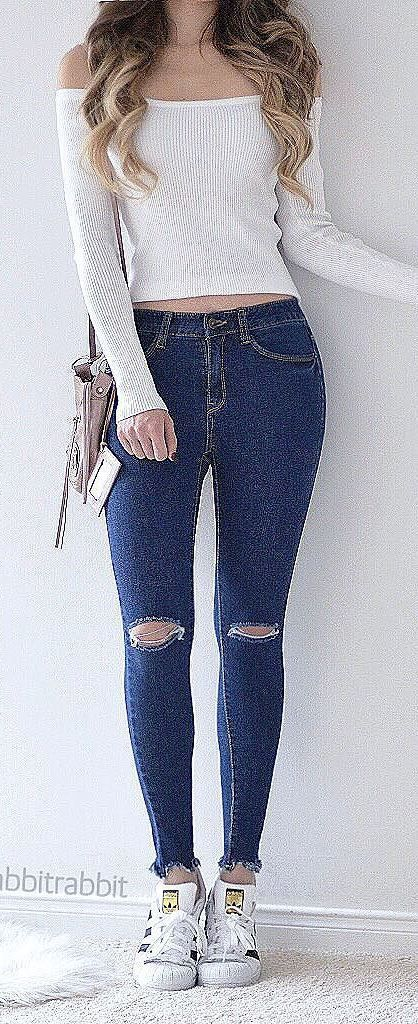 cool street style outfit top + rips
