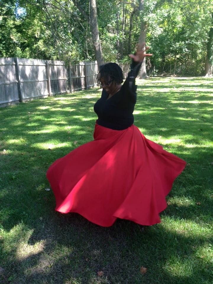 Easy refashion circle skirt.  This is a dress made from a bed sheet and yoga pants