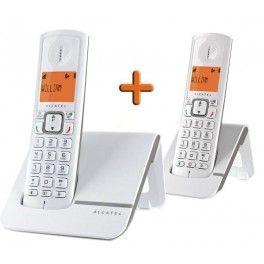 Sans fil, le téléphone Versatis F230 Duo d'Alcatel F230 est très facile à utiliser.Ce téléphone DECT à deux combinés possède un répertoire de 50 noms et numéros ainsi qu'un journal d'appel. Pourvu d'un écran rétro-éclairé, l'Alcatel VersatisF230 Duo  offre une excellente qualité audio. Ingénieux, ce téléphone propose une fonction VIP pour associer une mélodie à un contact afin d'identifier rapid…