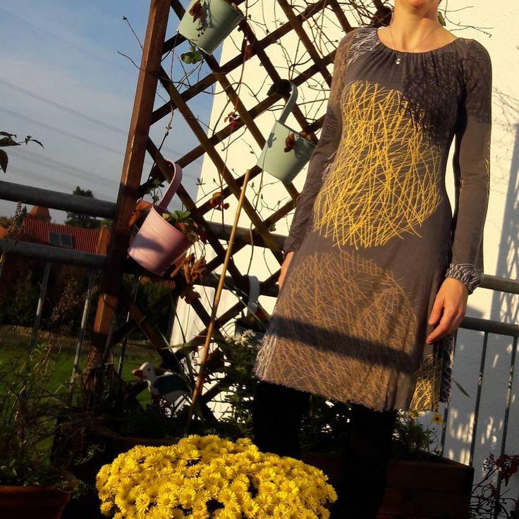 """Schnitt aus dem Buch """"Näh Dir Dein Kleid""""  von rosa p."""