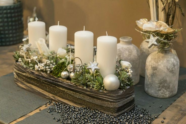 Christmas Candle Centerpiece<3