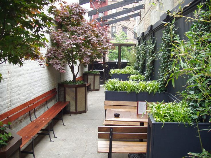 new york restaurant outdoor dining landscaping