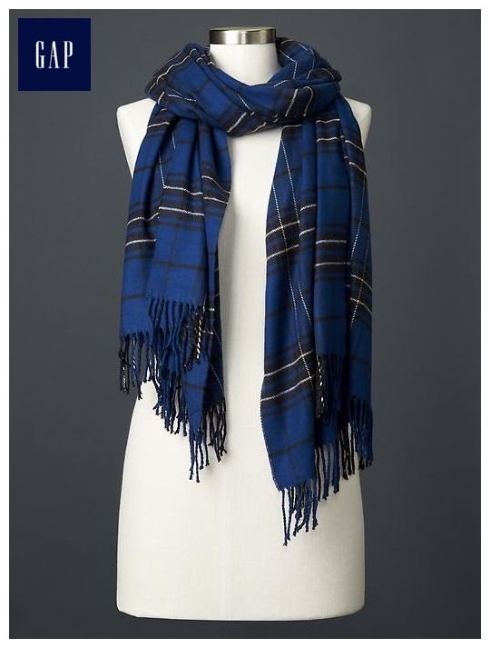 Cozy uniform plaid scarf