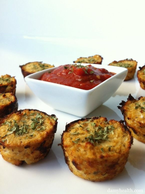 Guilt-Free Pizza Bites (Cauliflower Pizza Bites) Use fry light and fat free cottage cheese For a syn free snack, lunch.