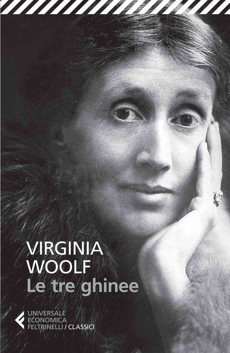"""In """"Le tre ghinee"""" Virginia Woolf immagina di ricevere tre lettere che contengono una richiesta in denaro per tre cause, la prevenzione della guerra, un'università femminile e un'assistenza alle donne che vogliono esercitare una professione. Nelle immaginarie risposte l'autrice dimostra come alla radice di tutto ci sia il potere garantito dalla violenza, uno stesso meccanismo che produce patriarcato e fascismo, che fa l'uomo protagonista e isola la donna nella sfera privata, alienando…"""