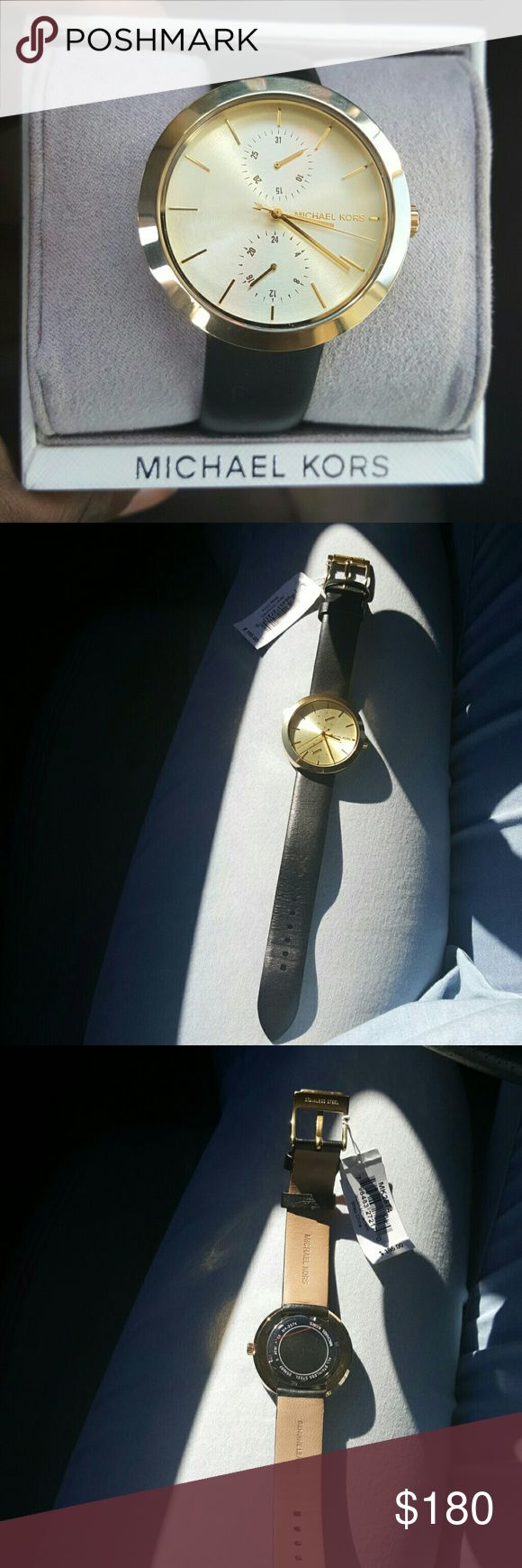 """NEW💎MICHAEL KORS GARNER GOLD WATCH """"PRICE IS FRIM """"  💯AUTHENTIC  New Never Worn  MICHAEL KORS  GOLD FACE WATCH with a GENUINE LEATHER BLACK.  THIS A WATCH THAT GOES WITH EVERYTHING!!!  JUST BEAUTIFUL....  Comes with original box Michael Kors Accessories Watches"""