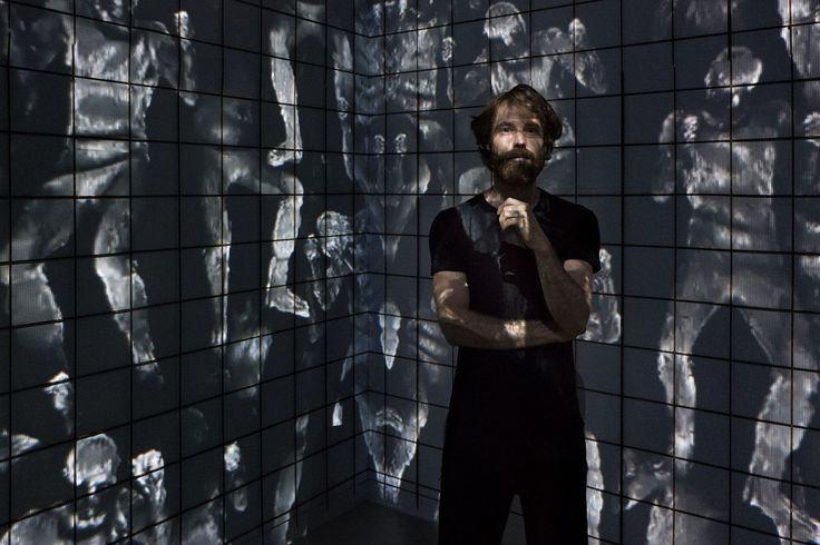 12/8 (immersion) Bart Hess > Video installatie vimeo > https://vimeo.com/61004104