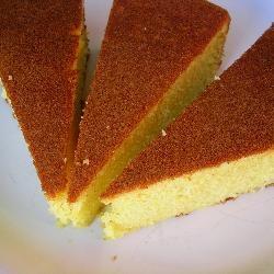 Tunesischer Orangenkuchen mit Olivenöl - ein fantastischer, saftiger Kuchen! Das Rezept gibts auf Allrecipes Deutschland http://de.allrecipes.com/rezept/3085/tunesischer-orangenkuchen.aspx