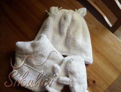 Zimní set - čepička, rukavice a nákrčník      Paní Kateřina Jirásková opět vytvořila pro Šikulíky, další naprosto úžasný foto-návod na výrobu zimního setu, který se skládá z návodů, jak vyrobit střih na čepičku, rukavice a nákrčník. Dále