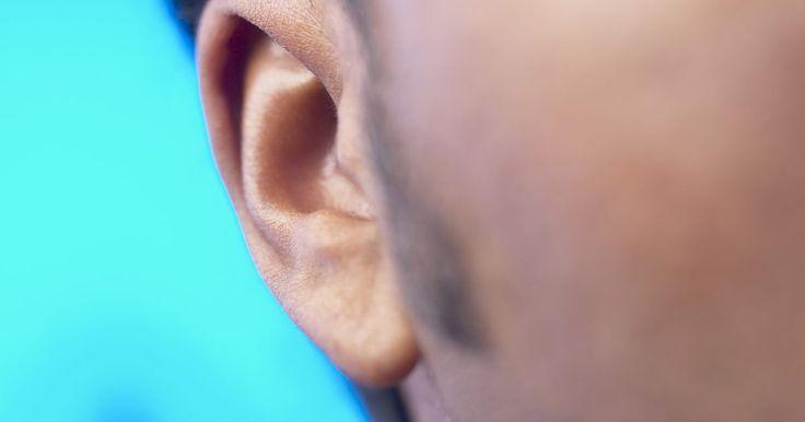 Como fazer costeletas finas. Como homem, você já deve usar costeletas há muito tempo, mesmo aquelas curtas e simples. Contudo, conforme você envelhece e mais pelos aparecem no rosto, poderá ficar tentado a experimentar novos estilos de costeletas. Um deles é a costeleta fina, que é curta, esguia, pontuda e desce pelo rosto, atingindo um ponto bem abaixo das orelhas.