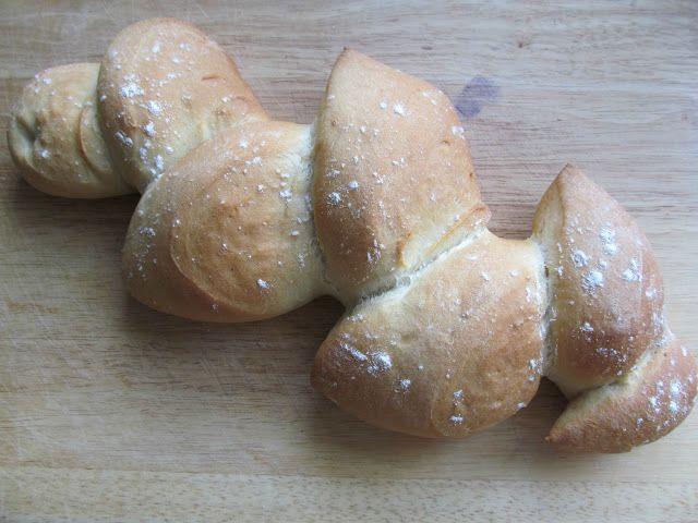 Good Food, Shared: Lorraine Pascale's Pain D'Epi Bread Recipe