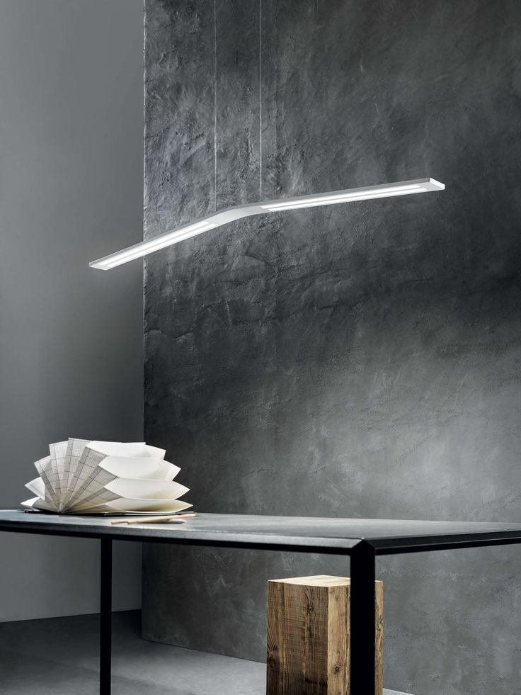 Lama_P is a fine ribbon of light housed in a minimalist casing, the result of a successful encounter of high t...