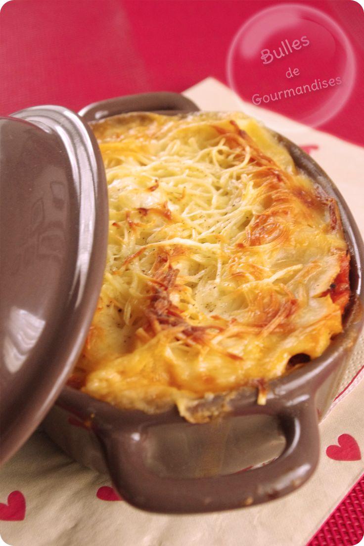 Lasagnes au thon, tomate et béchamel à la ricotta