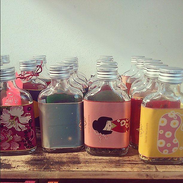 Tea bottles with samples for smelling.  #alisonappleton #tea #teapot #afternoontea #love #ceramicdesign #colourful #ceramic #glass #weddinggift #taste #tasting #looseleaftea #loosetea #cute #picoftheday #nofilter