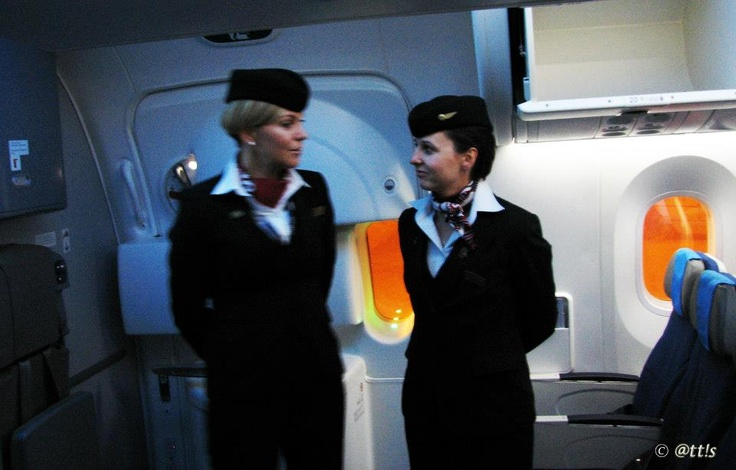 Budapest | LOT Polish Airlines - cabin crew - Boeing 787 Dreamliner SP-LRA Visits BUD. view on Fb https://www.facebook.com/BudapestPocketGuide credit: @tt!s  #budapest #dreamliner787 #cabincrew