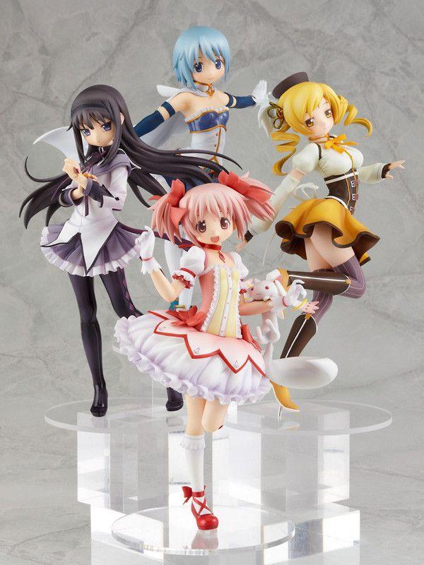 Madoka Magica figurines of Madoka, Sayaka, Homura, and Mami. Wish I had these :D