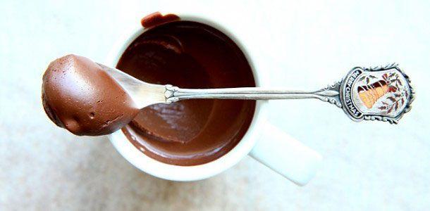 wytrawny krem czekoladowy z rieslingiem i suszona śliwka