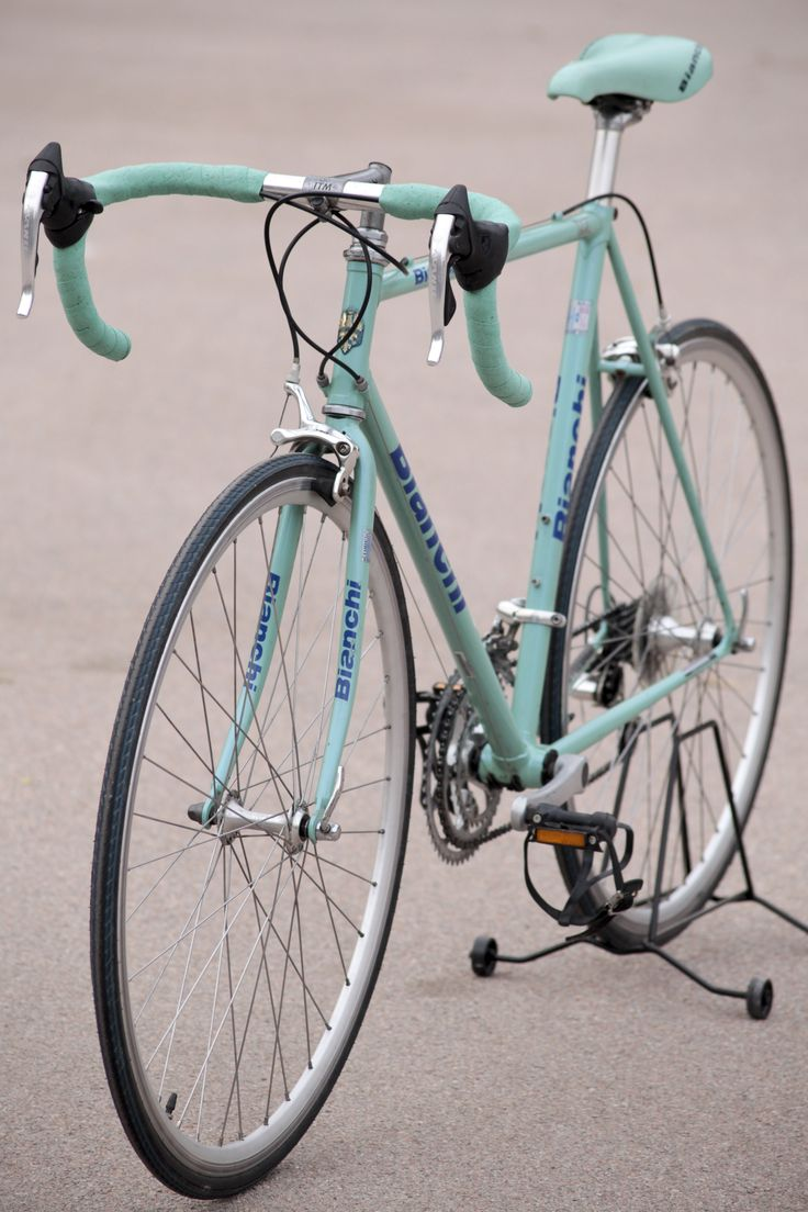 Bianchi 1996-97 vintage road bicycle Foto Eva Ruiz