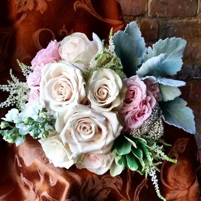 14 best Bouquets Fly Me to The Moon Florists images on Pinterest ...