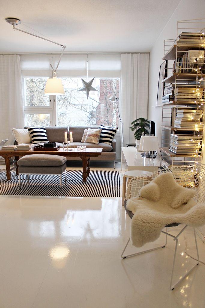 Living room / Scandinavian home / Tolomeo / Bertoia Diamond / Christmas / Holidays / Artemide Tolomeo / Valanti / Tikau / String system