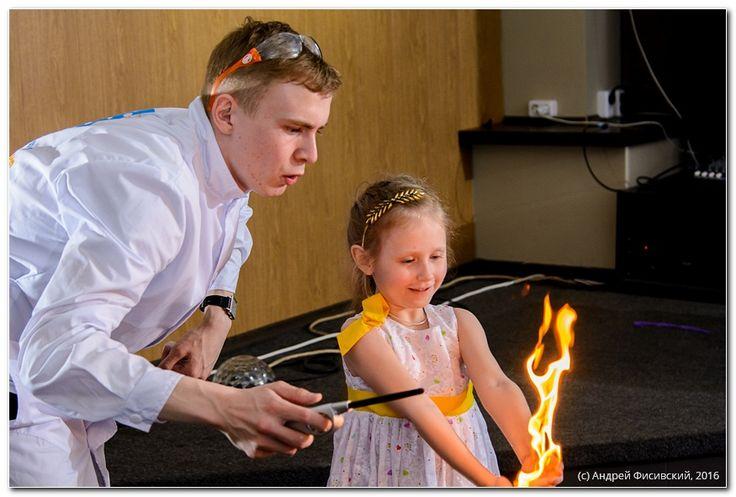http://www.pixelvania.ru/  Детство проходит быстро - успей поймать мгновение. Фотограф на день рождения в Краснодаре +7 995 20-10-224  ---