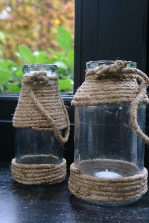 Glazen pot met stoere look door het gebruik van touw. Te gek voor op je salontafel of natuurlijk buiten op je terras..