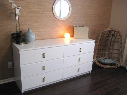 look laura personalizes an ikea malm dresser drawer pulls dress up and fence design. Black Bedroom Furniture Sets. Home Design Ideas