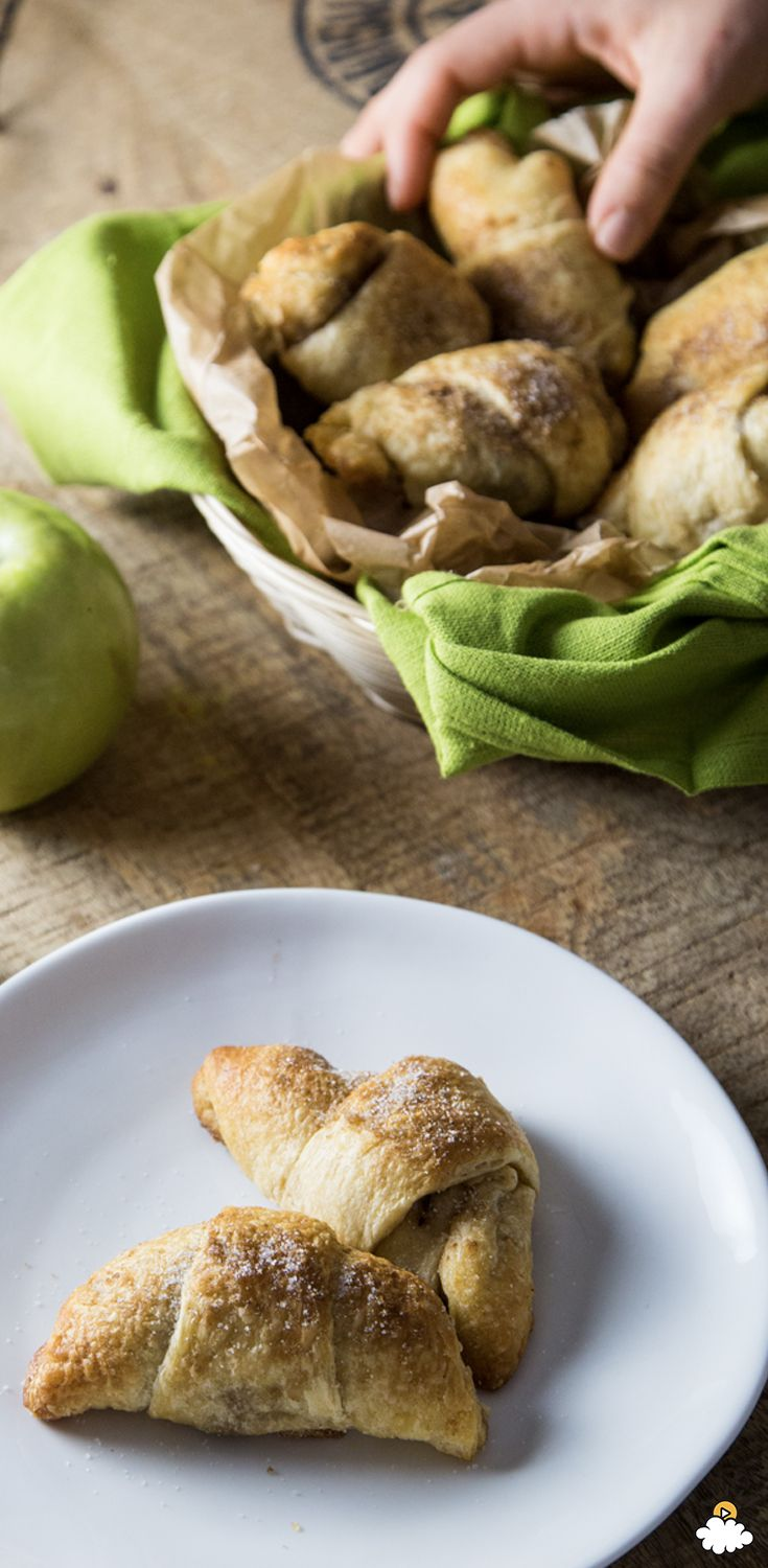 Our Apple Slice Bites Recipe is packed with yummy apple flavors and tasty, flaky pastry. Try to eat just one of these Apple Slice Bites!