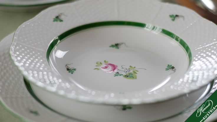"""The charm and modesty of the """" Old Rose of Herend """" have kept it popular to the present day.  http://herend.at/portfolio/vienna-rose-herend-sets-vrh/"""