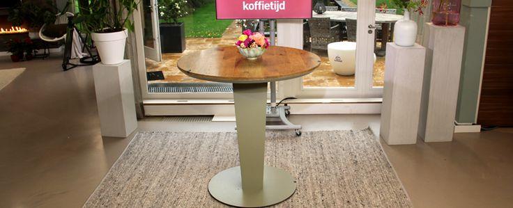 Het tapijt van koffietijd! http://www.vloerkledenwinkel.nl/structuur/#354_perletta-structures-pebbles-332
