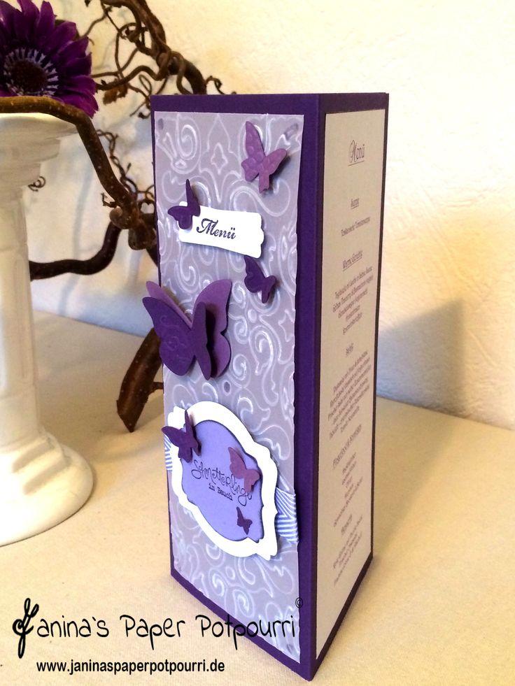 lila Schmetterlinge im Bauch Menükarte / Hochzeit / purple Butterfly menue / wedding / Stampin' Up! / Bigz Beautiful Butterflies / Embosslits Schmetterlingsgarten / Framelits Etikett-Kunst www.janinaspaperpotpourri.de