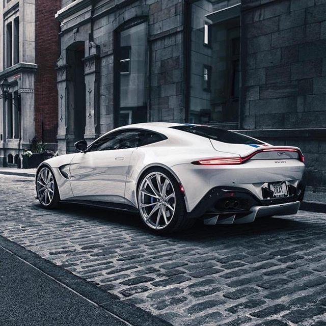 Aston Martin Vantage #Cars