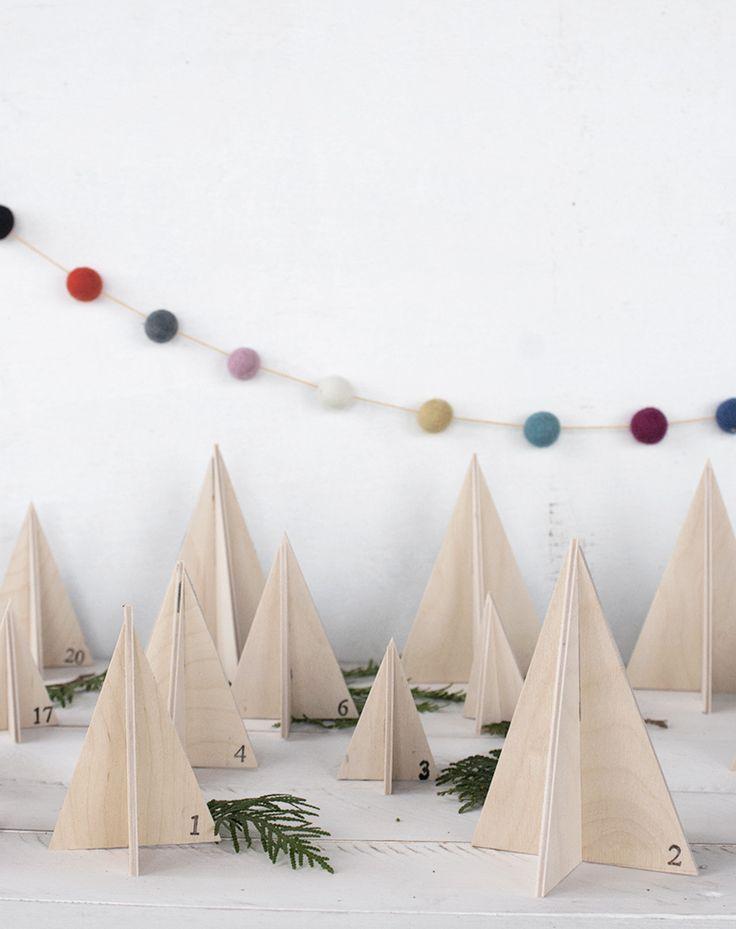 Wooden Tree Advent Calendar @themerrythought