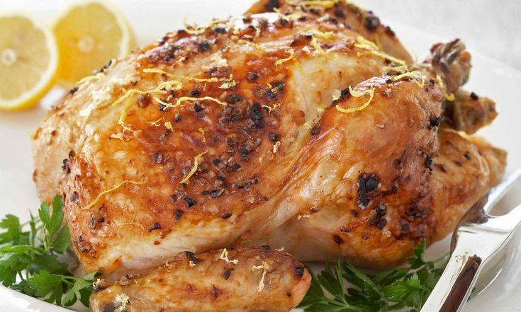 Cette recette est simple mais vous permet de préparer du poulet délicieux, juteux et légèrement citronné. | Le Poulet du Québec