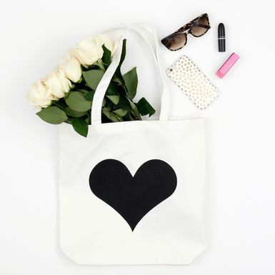 "Picture of ""Tomkat Heart"" Tote"