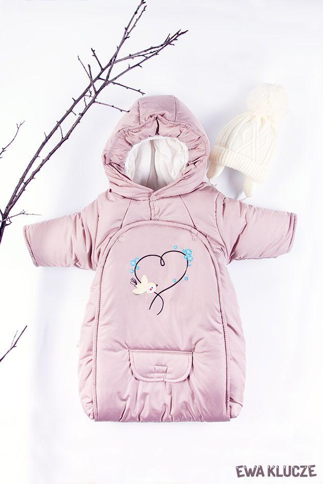 EWA KLUCZE, kolekcja BIRD, śpiworek ocieplany beżowy, czapeczka ecru, jesień-zima 2018, ubranka dla dzieci, EWA KLUCZE, BIRD collection, baby girl one-piece, ecru hat, baby clothes