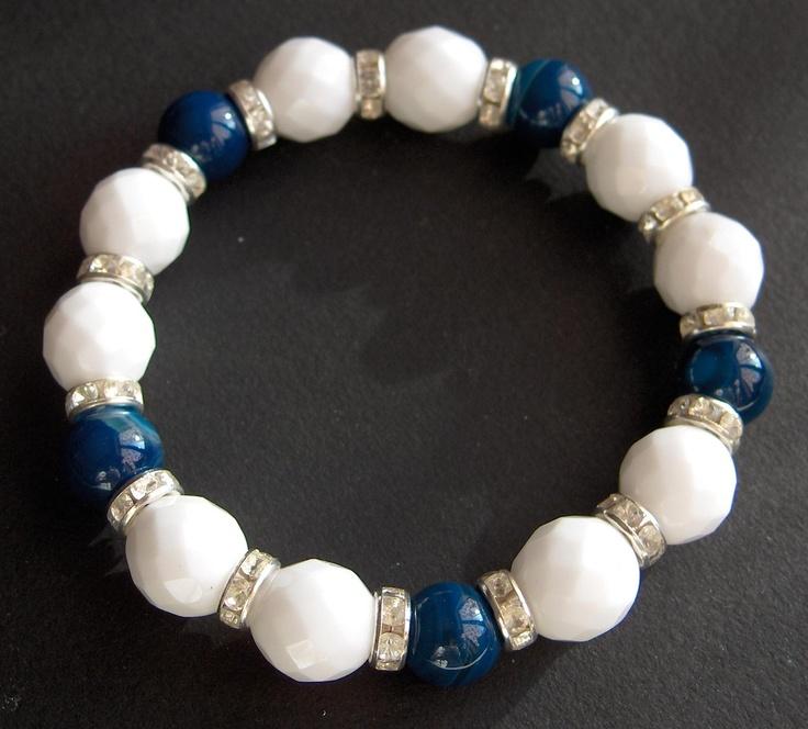 Bracciale elastico con agata bianca e blu, separatori con swaroski