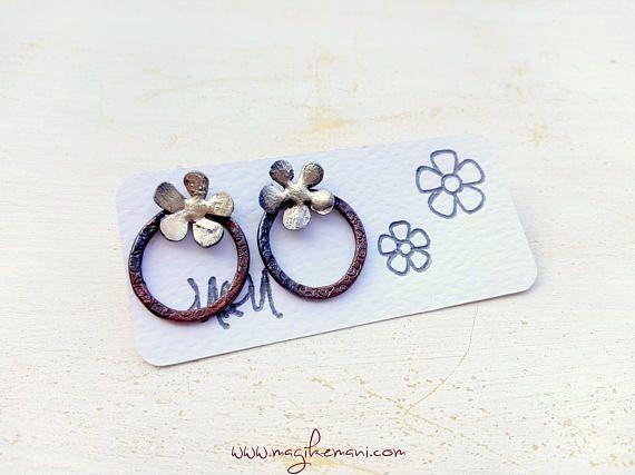 orecchini con cerchio in rame e fiore con argento 925 fuso