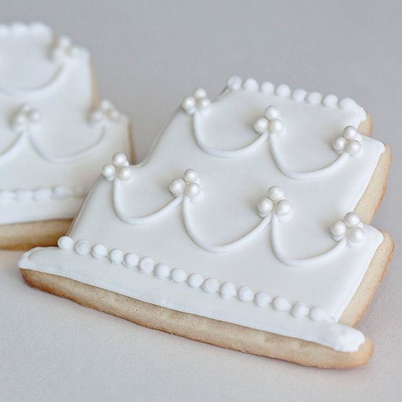 Cottage Style Wedding Cake Cookie Favors // Bridal Shower Shabby Chic French Country Vintage Chic Romantic