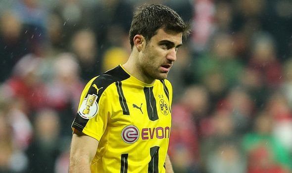 Chelsea and Arsenal in pursuit of Borussia Dortmund star Sokratis - report   via Arsenal FC - Latest news gossip and videos http://ift.tt/2rR733a  Arsenal FC - Latest news gossip and videos IFTTT