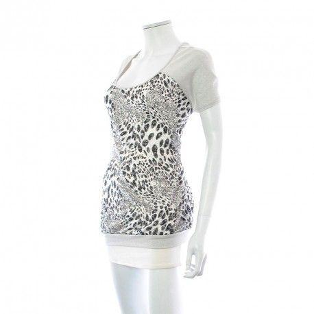 T-Shirt - Livingston à 7,50 € : Découvrez notre boutique en ligne : www.entre-copines.be   livraison gratuite dès 45 € d'achats ;)    L'expérience du neuf au prix de l'occassion ! N'hésitez pas à nous suivre. #Grandes Tailles #Livingston #fashion #secondhand #clothes #recyclage #greenlifestyle # Bonnes Affaires #grandetaille #bigsize